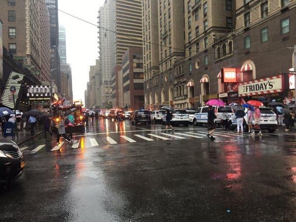 أميركا.. تحطم مروحية فوق سقف مبنى في مانهاتن