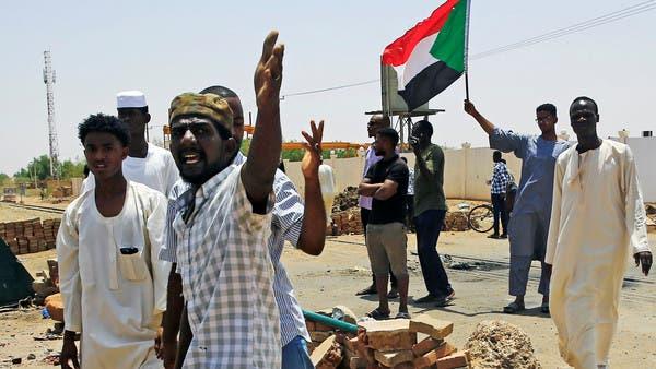 السودان.. الانتقالي ينفي محاولة انقلاب ويؤكد اعتقال ضباط