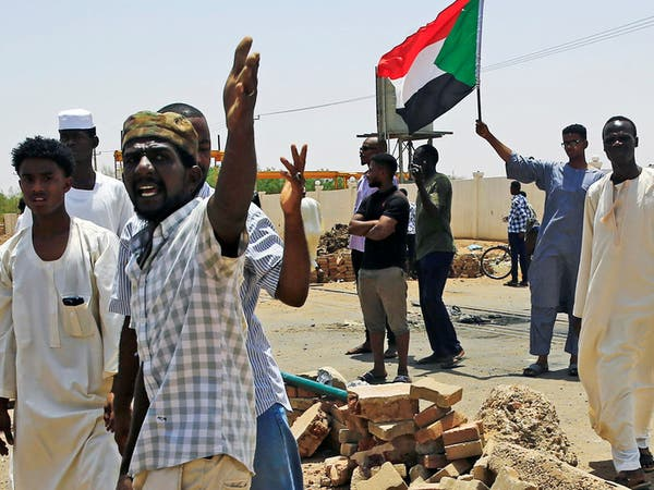 السودان.. قوى الحرية والتغيير تعلق العصيان