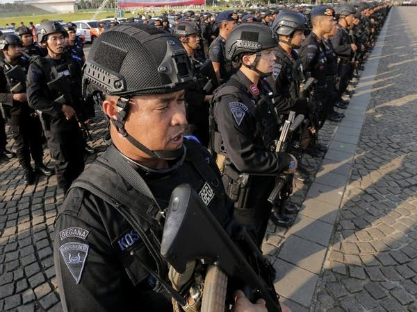 مشتبه بهم إندونيسيون يعترفون بخطة لقتل مسؤولين كبار