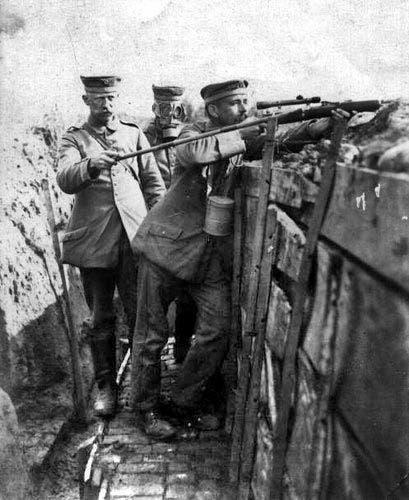 صورة لقناص ألماني بالحرب العالمية الأولى
