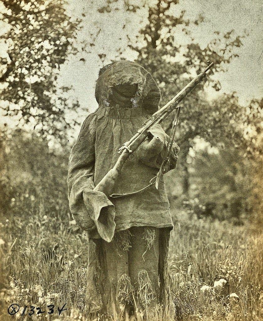 قناص فرنسي خلال العام 1918