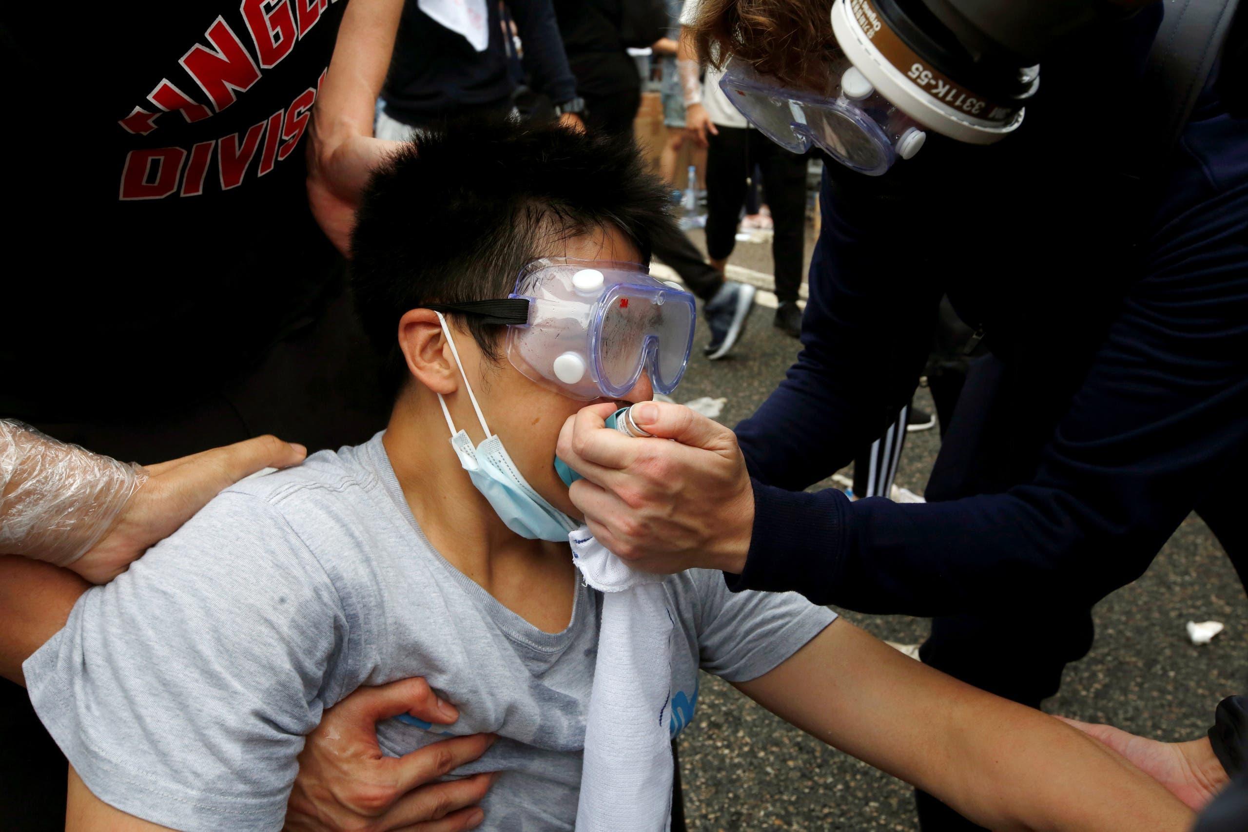 إصابات ميدانية وسط المتظاهرين