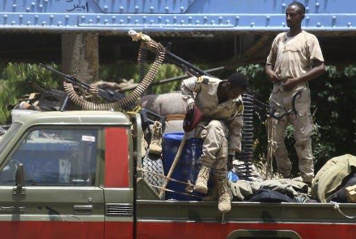 عناصر من قوات الدعم السريع في الخرطوم(أرشيفية- فرانس برس)