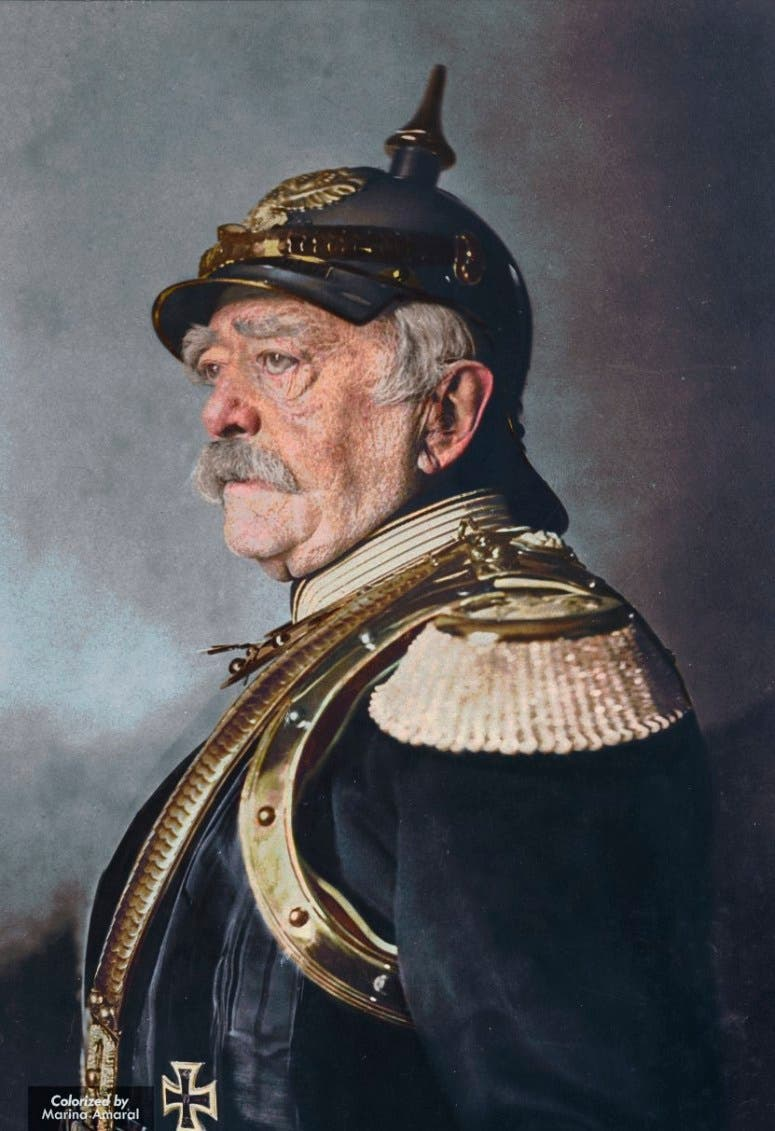 صورة ملونة اعتمادا على التقنيات الحديثة للمستشار الألماني أوتو فون بسمارك