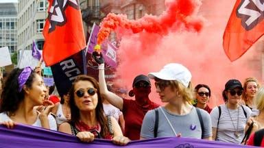 نساء سويسرا يطالبن بمساواة الأجور.. فكيف ببقية العالم؟