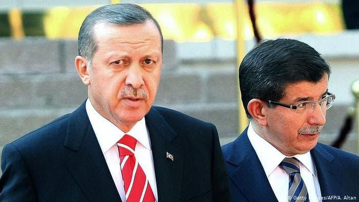 أحمد داود أوغلو ورجب طيب أردوغان