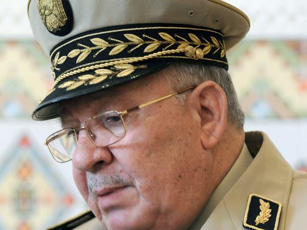 قايد صالح: خروج الجزائر من الأزمة يقتضي التمسك بالدستور