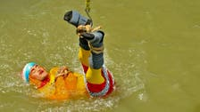 Indian Houdini feared drowned as stunt goes wrong