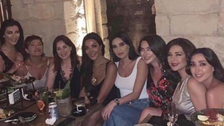 """""""صلح"""" الفنانات اللبنانيات.. قبلات وأحضان وإضافات"""
