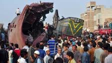حیدرآباد :مسافر ٹرین اور مال گاڑی میں تصادم ، ڈرائیور سمیت تین جاں بحق ، متعدد زخمی