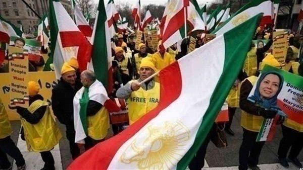 حركة مجاهدي خلق تطالب إدارة ترمب بتغيير النظام الإيراني