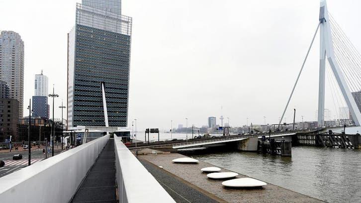 نجم أمستردام يسطع بعد جذب أنشطة التداول من لندن إليها