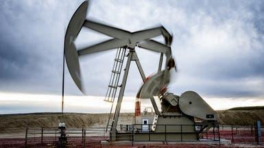 النفط يخترق 65 دولاراً مع تراجع المخزونات الأميركية