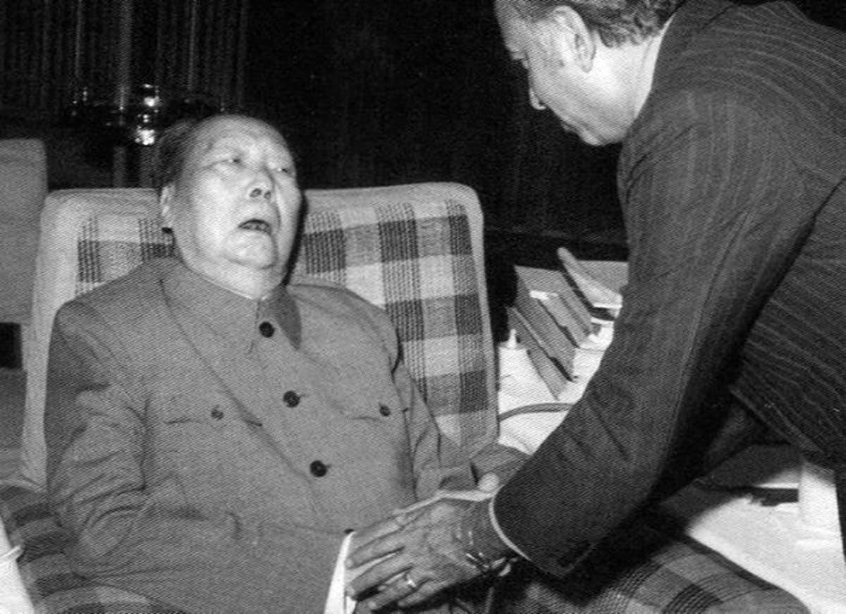 الزعيم الصيني ماو تسي تونغ