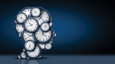 """كيف فسر أينشتاين لغز """"مرور الوقت"""".. لزميلته التي يحبها؟"""