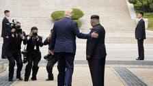 شاهد.. أول رئيس أميركي تطأ قدماه أراضي كوريا الشمالية