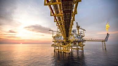 النفط يصعد مع انحسار مخاوف المعروض الأميركي