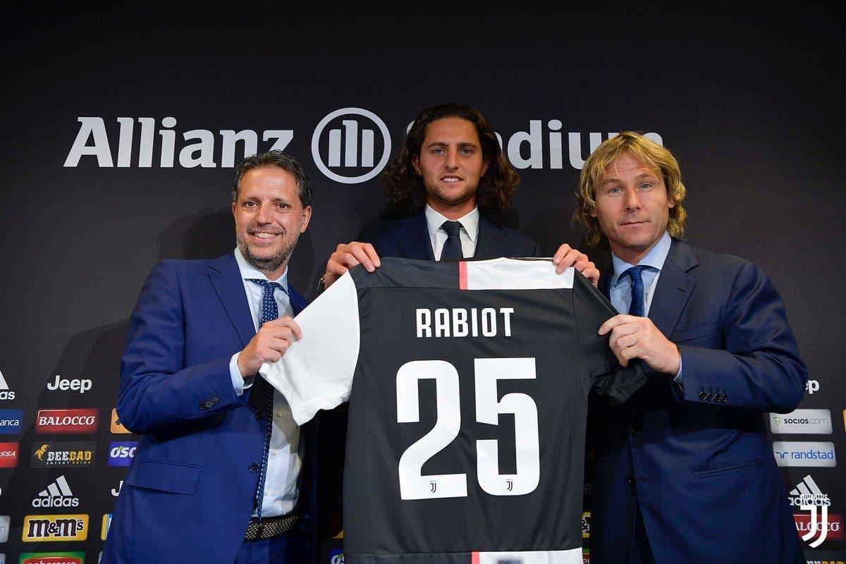 رابيو هرب من باريس إلى يوفنتوس