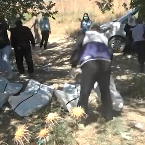 الرقة..  200 جثة بمقبرة جماعية بينهم رهائن لداعش