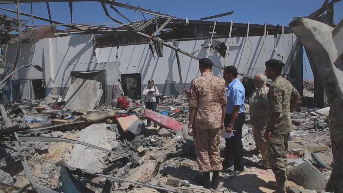 حادثة مركز للمهاجرين في ليبيا.. خلافات دولية وارتفاع في أعداد الضحايا