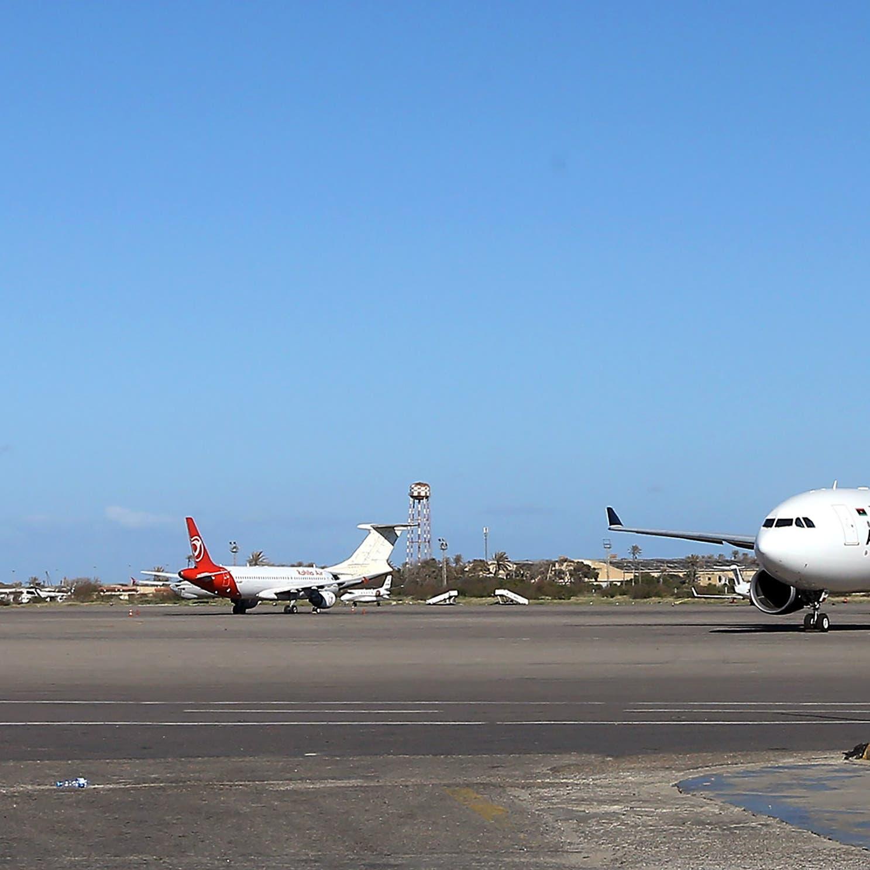 قصف على مطارين في ليبيا.. واشتباكات جنوب طرابلس
