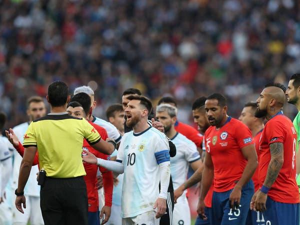 """ميسي يهاجم """"الفساد"""" ويقول: البطولة """"منحازة"""" للبرازيل"""