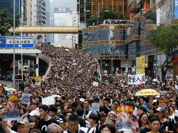 احتجاجات هونغ كونغ.. الصين تهدد وترمب يهدئ