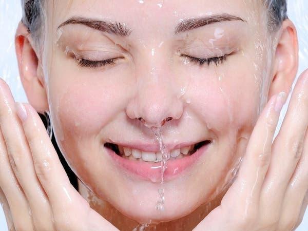 8 خطوات تساعدكِ في حلّ مشكلة تعرّق الوجه