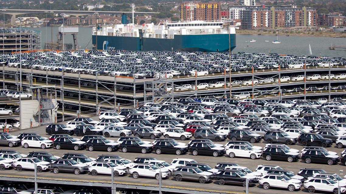 مبيعات السيارات البريطانية الجديدة تهوي 40% في مارس