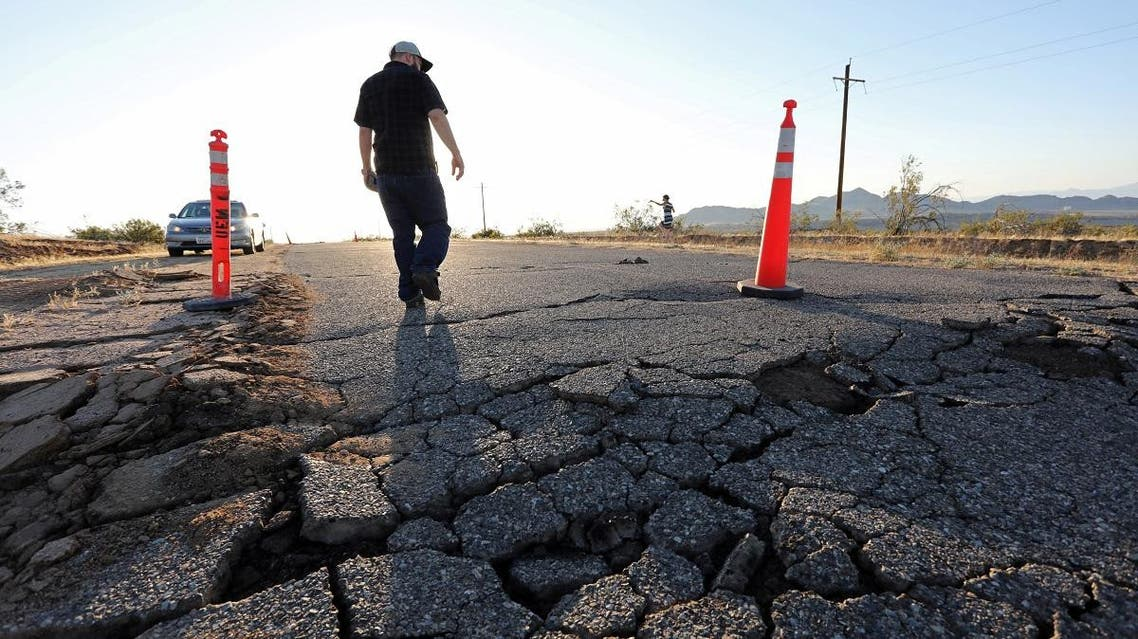 Fissures that opened up under a highway during a powerful earthquake that struck Southern California are seen near the city of Ridgecrest. (File photo: Reuters)