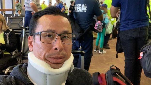 مصاب من ركاب الطائرة
