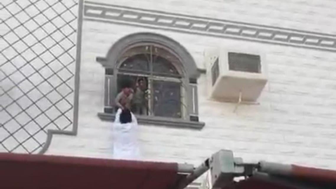 إنقاذ أطفال في مكة
