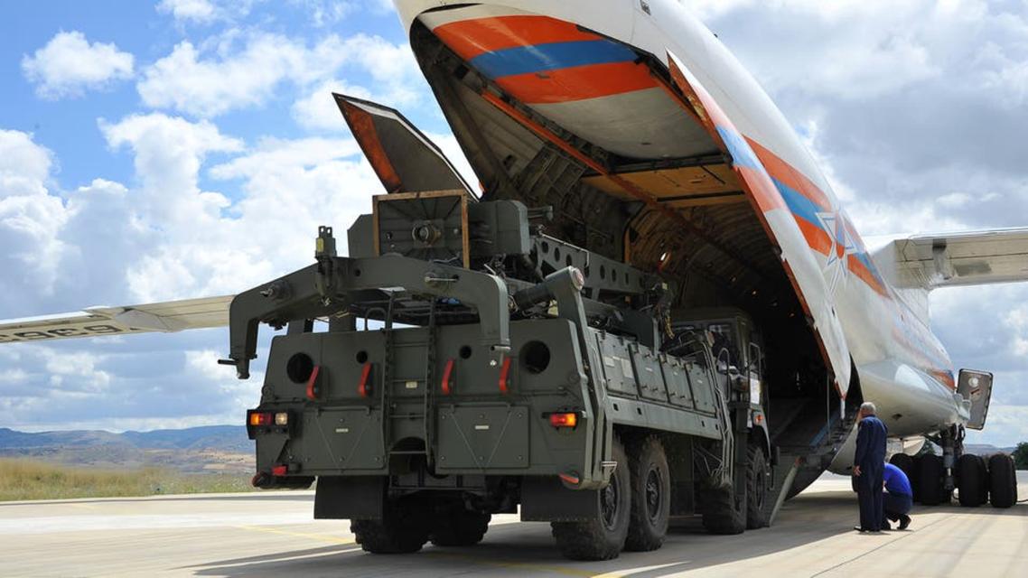 ایس 400 دفاعی نظام کی نقل و حرکت