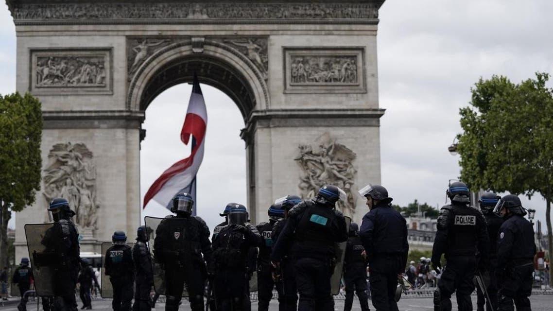 Paris Champs Elysees - AFP