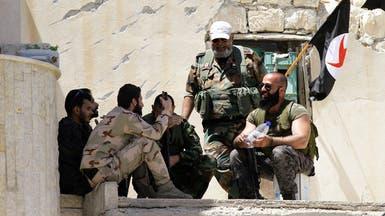 """بسبب الرواتب.. جنود الأسد """"يهاجرون"""" للحرس الثوري"""