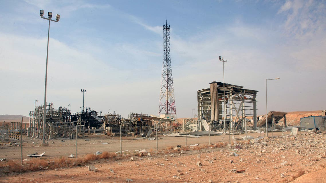 A handout picture released by the Syiran Arab News Agency (SANA) shows a general view of the Shaer gas field in Homs' eastern countryside on November 15, 2014. Syrian troops backed by pro-regime militiamen recaptured the Shaer gas field in central Homs on November 6, state television reported, a week after Islamic State group jihadists overran parts of it. AFP PHOTO/HO/SANA