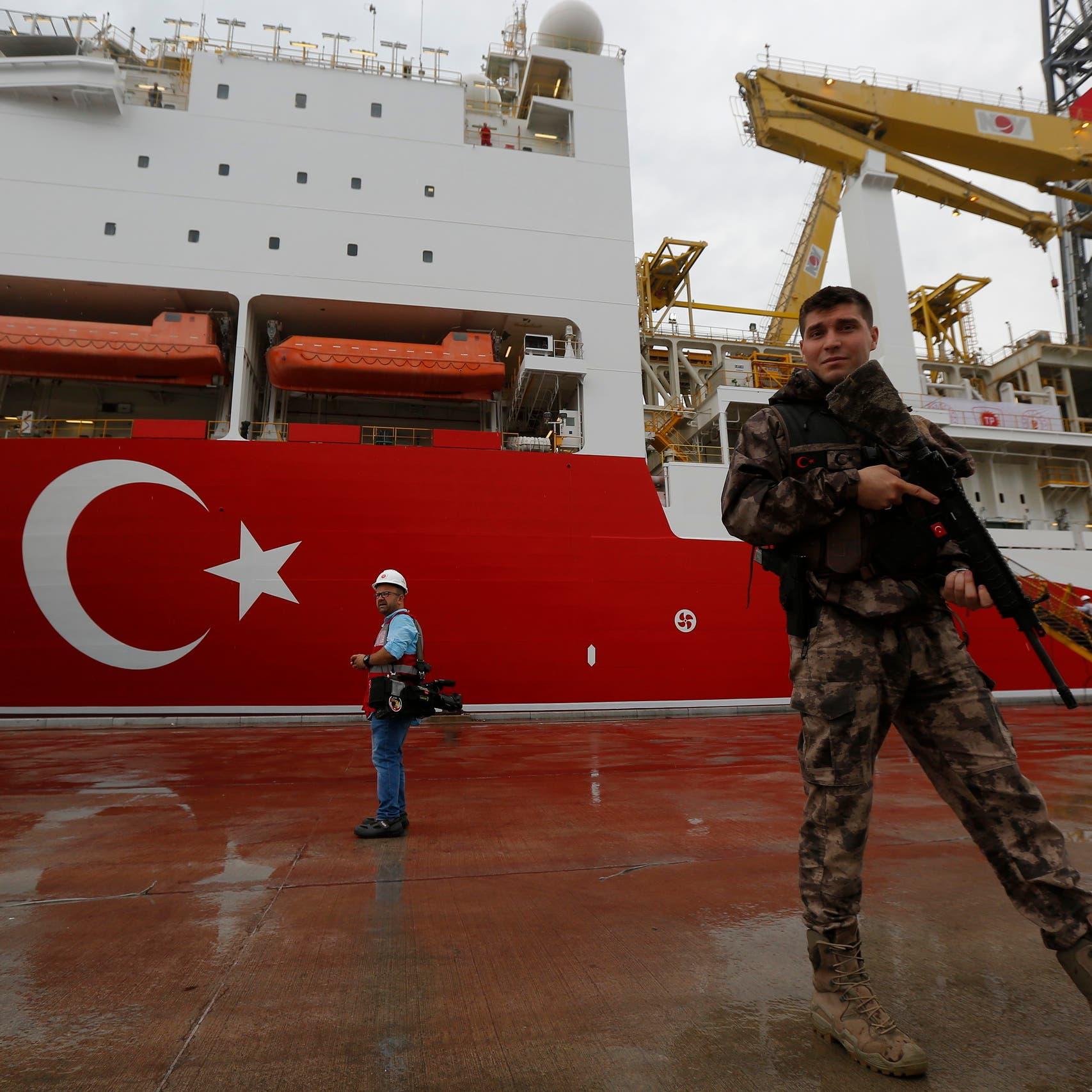 تركيا تنتقد عملية حظر السلاح لليبيا.. وإيطاليا