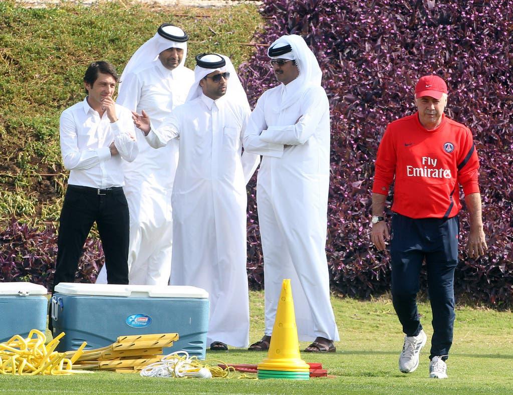 تميم أمير قطر مع  ناصر الخليفي