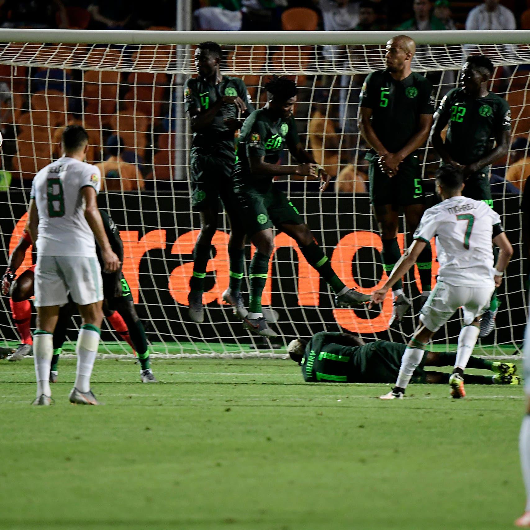محرز يسجل هدفاً قاتلاً ويقود الجزائر لنهائي كأس إفريقيا