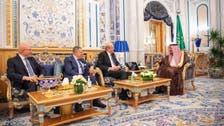 الملك سلمان يستقبل 3 رؤساء وزراء لبنانيين سابقين