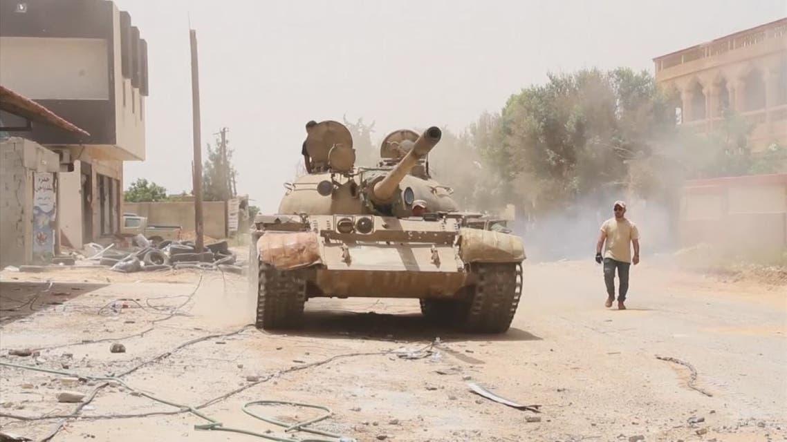 الدول الكبرى تدعو إلى وقف القتال في ليبيا وتحذر من سفك الدماء الذي يفاقم الوضع
