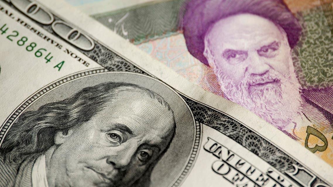الريال الإيراني دولار