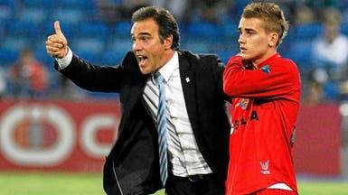 مدرب الأهلي المصري يحذر برشلونة من التعاقد مع نيمار