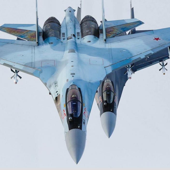 مقاتلة روسية تعترض طائرة تجسس أميركية فوق البحر الأسود
