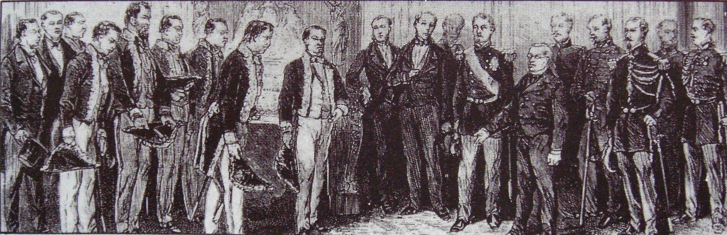أعضاء بعثة إيواكورا خلال لقائهم بالرئيس الفرنسي تيار