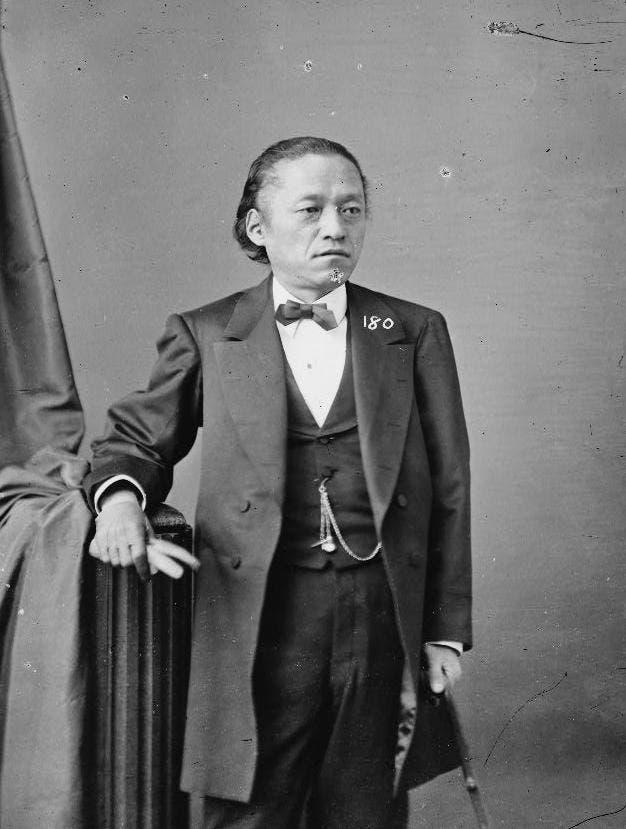 صورة فوتوغرافية لإيواكورا تومومي
