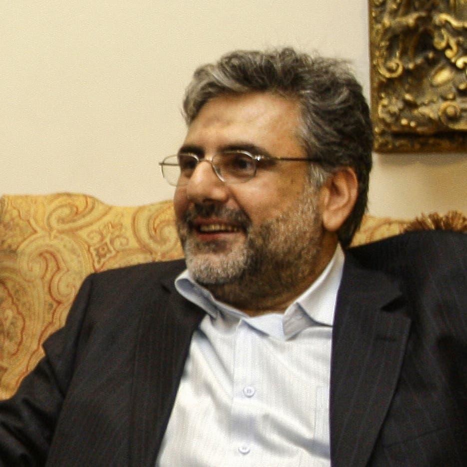 هل ضغط حزب الله على نواف الموسوي ليستقيل؟