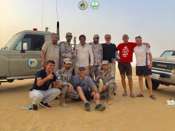 السعودية: حرس الحدود ينقذ 6 أشخاص علقوا في الربع الخالي