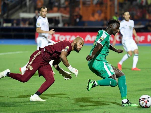 رايس مبولحي أفضل حارس في كأس أمم إفريقيا